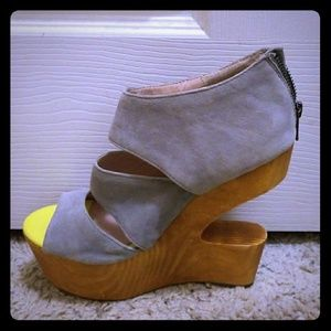 Super cute Cut out wooden Wedges